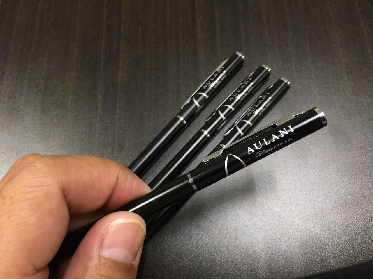 アウラニのボールペン