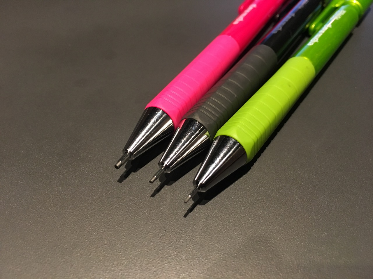 鉛筆シャープタイプSのグリップ